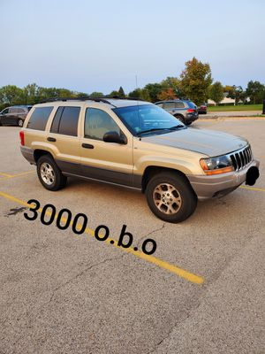 2002 jeep grand cherokee laredo 4.0l engine 4x4 ready for winter a/c works or best offer for Sale in Barrington, IL