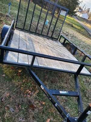 6 by 8 carry on trailer 2018 it's like new for Sale in Bolivar, WV