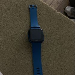 Blue Fitbit Watch ... Pretty Much New But It's Dead .... Don't Have Charger For It for Sale in Fairmont,  WV