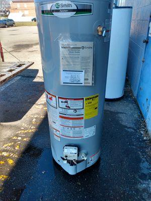 Gas hot water heater new for Sale in Philadelphia, PA