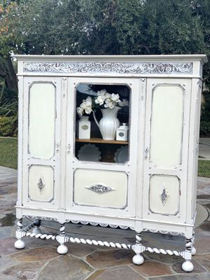 Beautiful Vintage Cabinet Hutch for Sale in Chino, CA