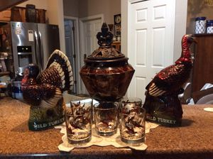 Austin Nichols Limited Edition (RARE) Wild Turkey decanters, 5 Wild Turkey glasses and vase with lid. for Sale in Largo, FL