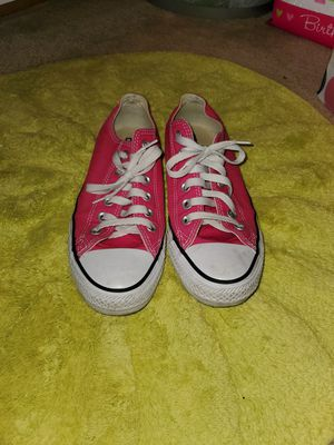 Chuck Taylor's size 7 for Sale in Frisco, TX