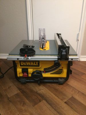 10 in compact table saw for Sale in Bedford, TX