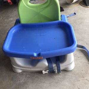 Booster Seat High Chair Coral Springs 33071 for Sale in Pompano Beach, FL
