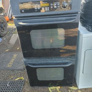 GE Electric Double Oven 220w for Sale in Oakdale, CA