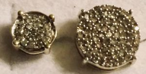 Two single earrings with diamonds a third of a carat total Dia weight for Sale in Denver, CO