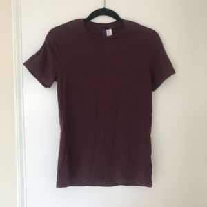 Basic HM Burgundy T-Shirt for Sale in Silver Spring, MD
