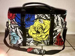 Floral Weekend luggage bag for Sale in Arlington, TX