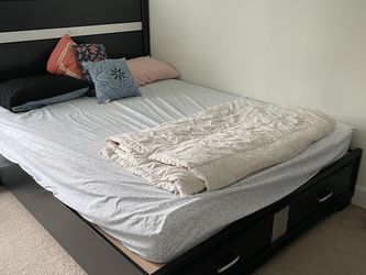Coaster Queen Bed Frame for Sale in Union City,  CA