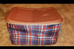 Folding on Wheels Ice Chest Cooler for Sale in Essex, MD