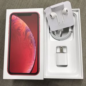 iPhone XR Red With Everything That A Originally Came With It.e for Sale in Elgin, SC