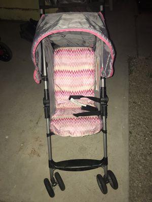 Cosco single stroller in w/ pink pattern for Sale in Las Vegas, NV