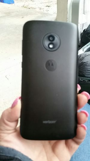 Moto E5 BRAND NEW Verizon for Sale in Grandview, MO