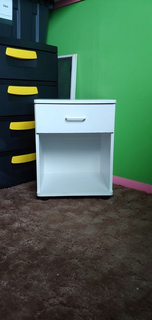 ONE DRAWER NIGHTSTAND, WHITE for Sale in Layton, UT
