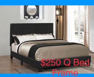 Brand new platform queen size bed frame for Sale in Hickory Hills, IL