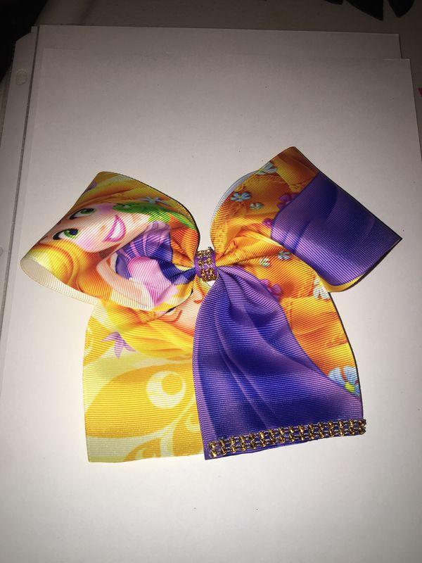Medium Disney Rapunzel Cheer Bow