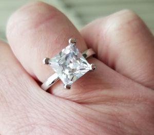 3ct. Mossanite and cz ring..... sizes and 10 for Sale in Riverside, CA