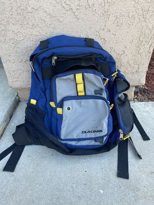 Dakine skate backpack 🎒 for Sale in Corona, CA