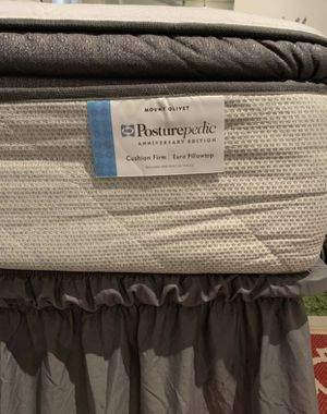 "Moving out sale , pillow top Sealy queen size mattress with storage box spring 16"" for Sale in Washington, DC"