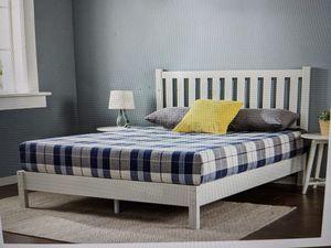 Brand New (in the box) Zinus Wen Queen Deluxe Solid Wood Platform Bed with Headboard in White for Sale in Cincinnati, OH