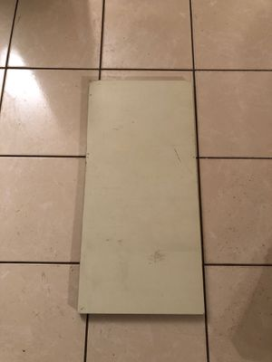 Expandable Metal Shelves (4) for Sale in Miami, FL