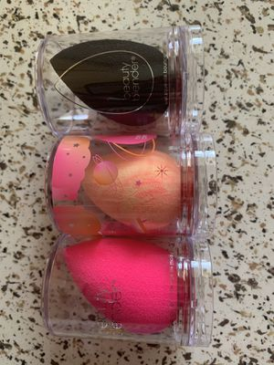 Brand new beauty blenders for Sale in Ontario, CA
