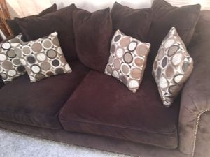 Largo Brown Velvet Couch (Offering Delivery) ALL DETAILS LISES BELOW for Sale in Bowie, MD