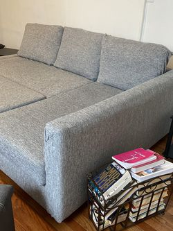 Living Room Set Sleeper Sectional TV for Sale in Hopkinton,  MA