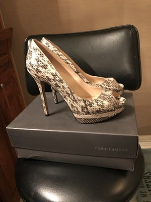 Vince camuto heels size 9.5 for Sale in Harker Heights, TX