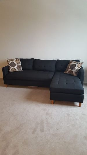 Brand new black linen sectional sofa with two accent pillows for Sale in Silver Spring, MD