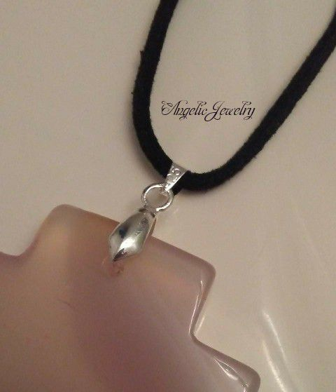 Rose Banded Agate Necklace