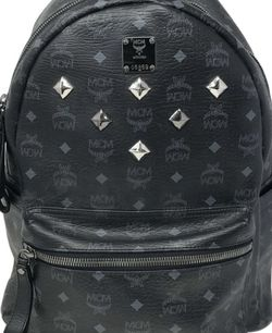 AUTHENTIC MCM 6 STUD DESIGNER BACKPACK for Sale in Portland,  OR