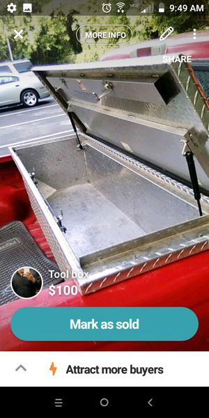 Tool box with key for Sale in Atlanta, GA