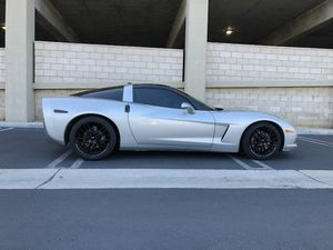 Chevy Corvette 05 for Sale in Long Beach, CA