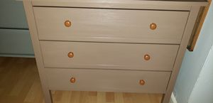 Perfect Sturdy 3 Drawer Wooden Dresser for Sale in Terrytown, LA
