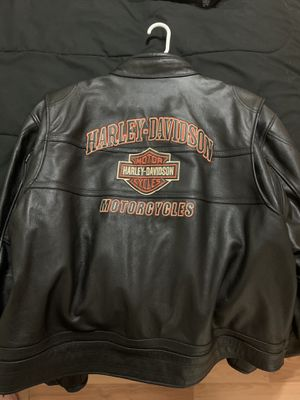 Beautiful Harley Davison black leather jacket for Sale in Lawrenceville, GA