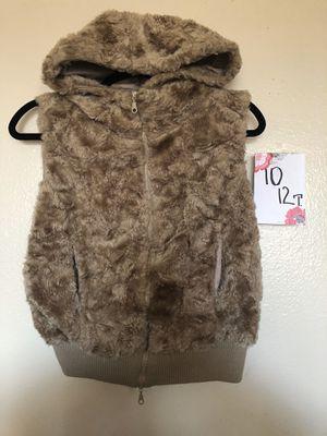 Girls vest size 10-12 🛍👧🏻🎀 for Sale in Mukilteo, WA