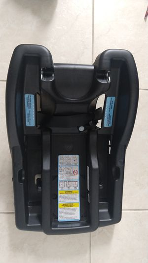 Graco Infant car seat Base for Sale in Miami, FL