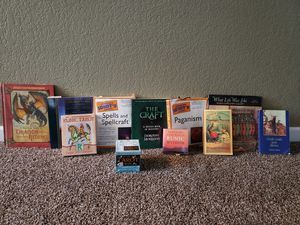 Esoteric books and cards for the open minded. for Sale in Puyallup, WA