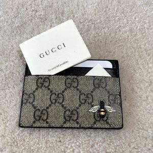 Gucci Bee Card Holder GG Print for Sale in Columbus, OH