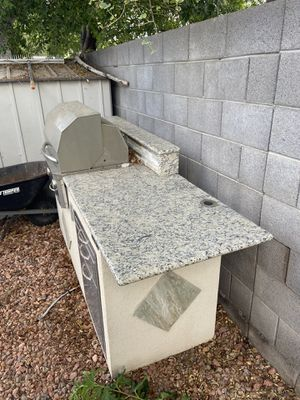 BBQ does not work selling for parts. for Sale in Glendale, AZ