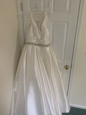 Wedding Dress size 16 for Sale in Madison, NJ