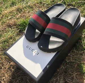 GUCCI SLIDES for Sale in New York, NY