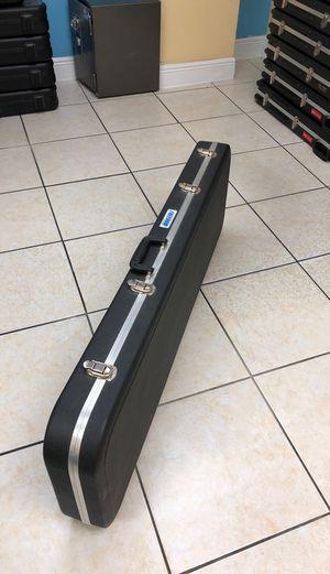 SKB Freedom Bass Guitar Hard Travel Case for Sale in Miami, FL