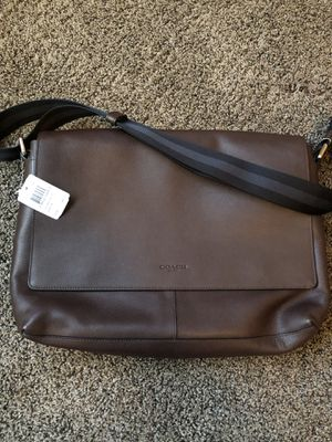 Men's AUTHENTIC COACH Messenger Bag! MFSRP $450!! Brand new with tags! $275 OBO! A perfect gift for Father's Day tomorrow! for Sale in Las Vegas, NV