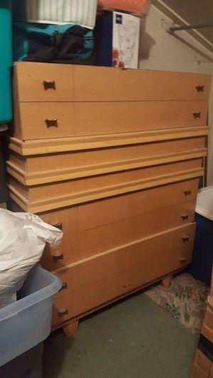 Blonde 1950 bedroom set,dresser,2 side tables, full side bed for Sale in Pittsburgh, PA