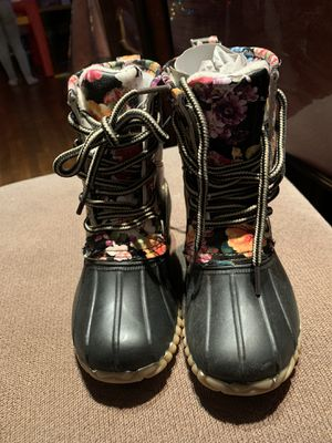 NWT toddler girl snow/rain boots for Sale in Cheshire, CT
