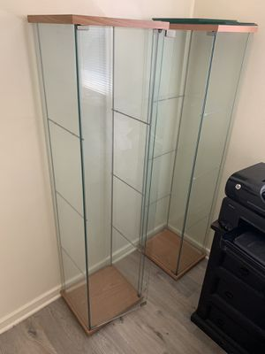 Glass display case for Sale in Inglewood, CA