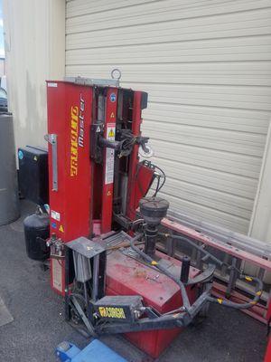 Corghi tire mounting machine & wheel balancer for Sale in Las Vegas, NV